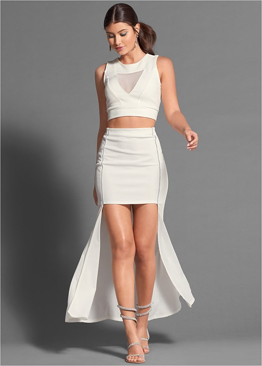 PLEATED DETAIL SKIRT,MESH DETAILED CROP TOP,MESH CUT OUT BODYSUIT,HIGH HEEL STRAPPY SANDALS