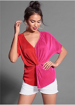 colorblocked knot front top