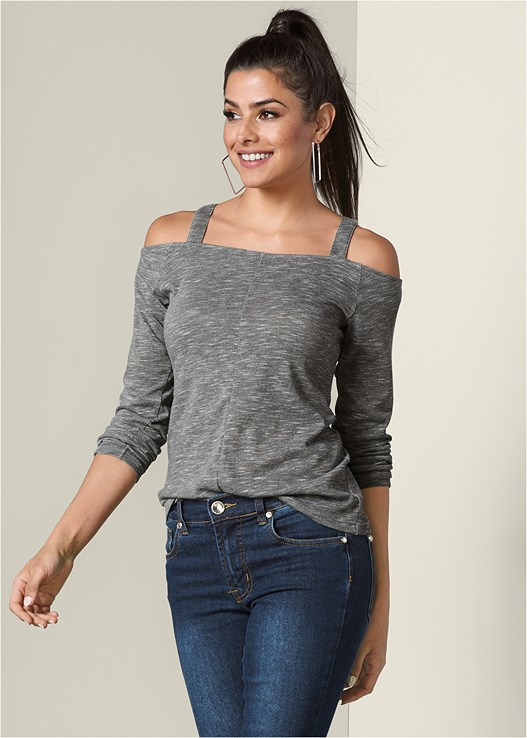 COLD SHOULDER CASUAL TOP,COLOR SKINNY JEANS,EVERYDAY YOU STRAPLESS BRA,WRAP STITCH DETAIL BOOTIES