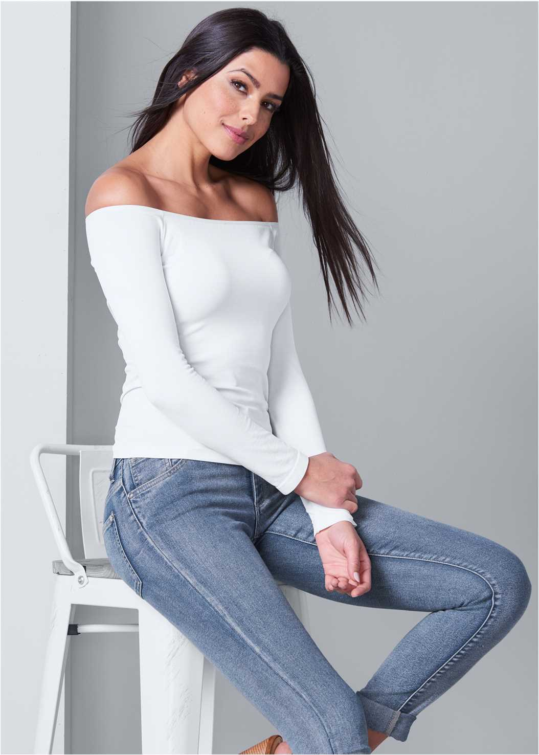 Off The Shoulder Top,Mid Rise Color Skinny Jeans