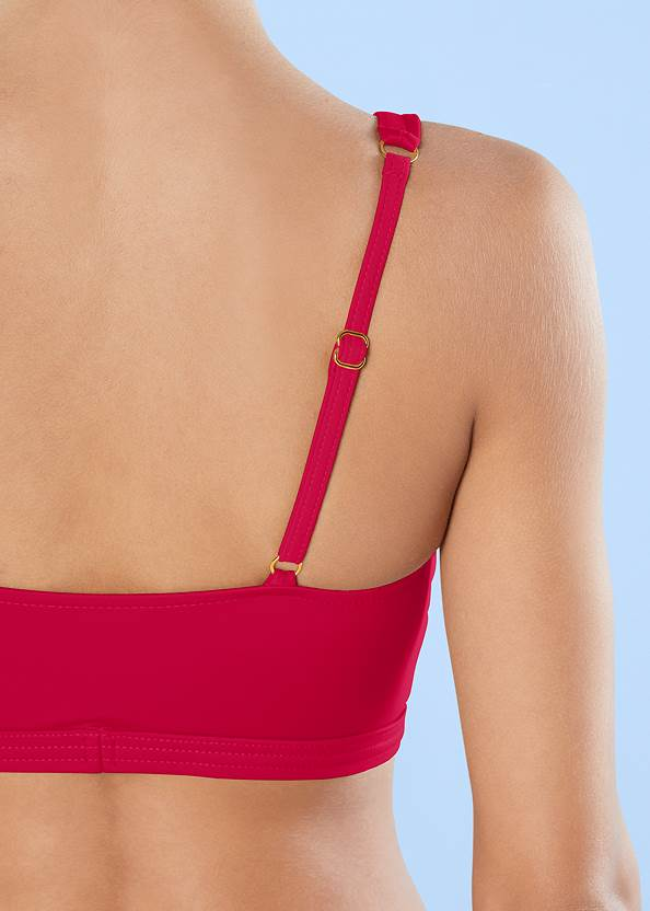 Detail back view Strappy Scoop Swim Top