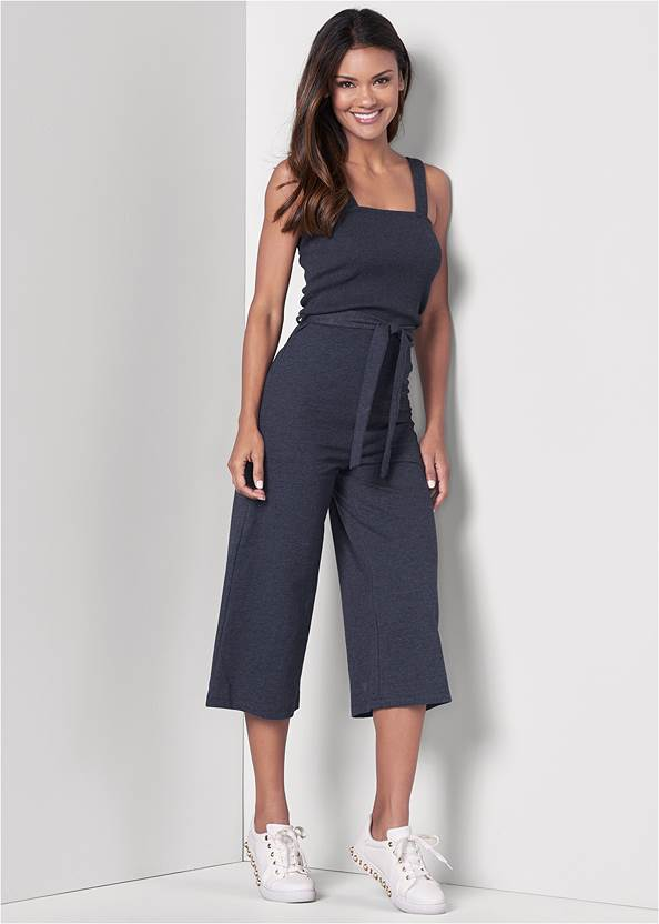 Culotte Lounge Jumpsuit,Lace Up Star Sneakers,Rhinestone Net Sneakers,Etched Boho Hoop Earrings,Quilted Belt Bag