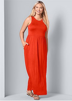 plus size maxi dress with pockets