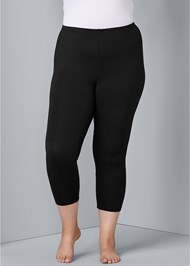 Front View Basic Capri Leggings