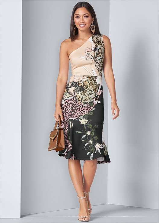 FLORAL ANIMAL BODYCON DRESS,EMBELLISHED HEELS,STUD DETAIL HANDBAG