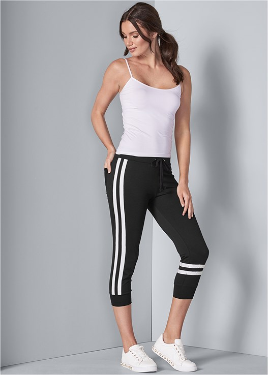 STRIPE DETAIL LOUNGE CAPRIS,SEAMLESS CAMI,2PK LACE SHAPING BRIEF,PEARL DETAIL SNEAKERS