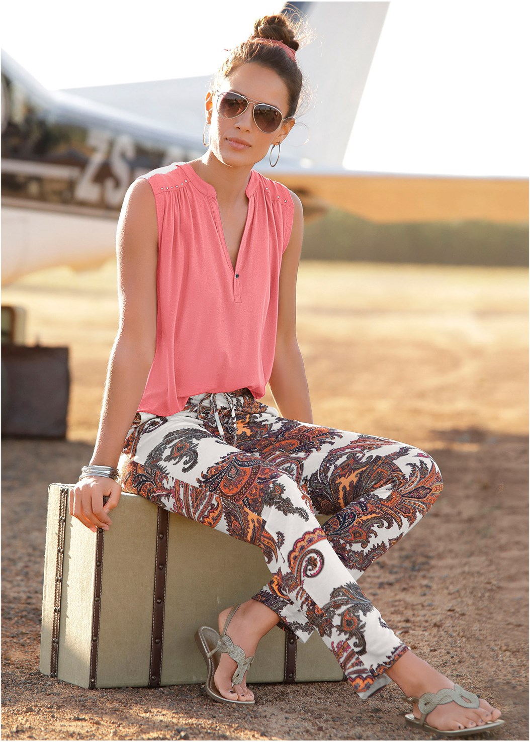Paisley Printed Pants,Casual V-Neck Top,Back Detail Top,Studded Flip Flops