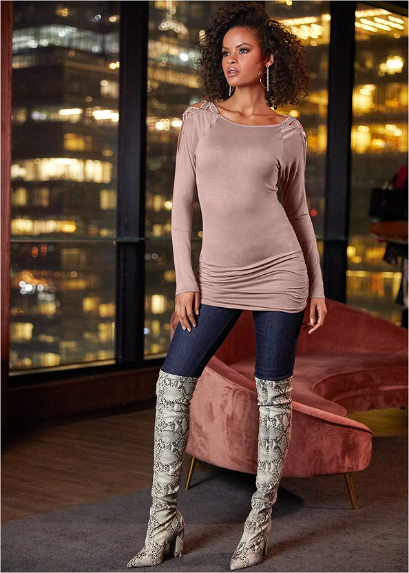 Embellished Shoulder Top,Mid Rise Slimming Stretch Jeggings,Mid Rise Color Skinny Jeans,Animal Print Boots