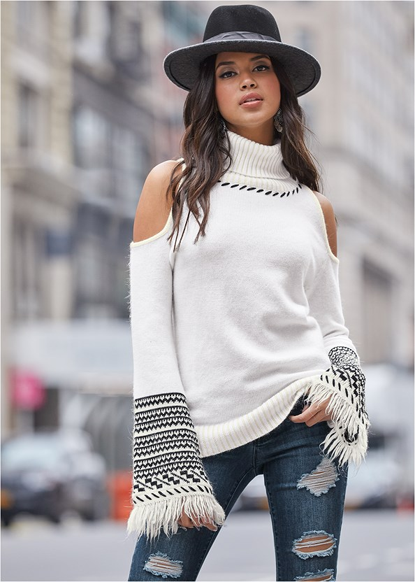Cold Shoulder Turtleneck,Ripped Skinny Jeans,Medallion Earrings,Stud Detail Crossbody