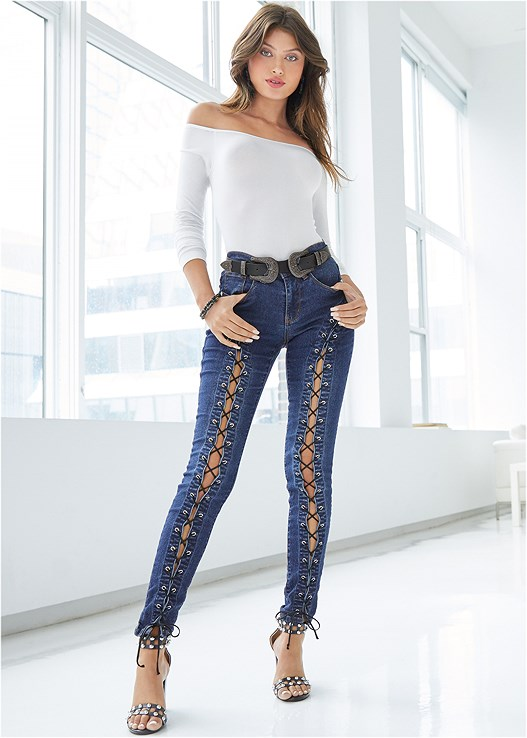 LACE UP SKINNY JEANS,OFF THE SHOULDER TOP,RUCHED LACE HIPSTER,DOUBLE BUCKLE BELT,PRINT DETAIL HANDBAG