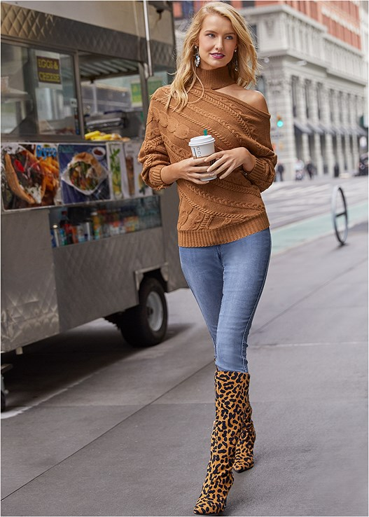 ONE SHOULDER TURTLENECK,DISTRESSED BUM LIFTER,REVERSIBLE JEANS,EVERYDAY YOU STRAPLESS BRA,LEOPARD BOOTS,MEDALLION EARRINGS