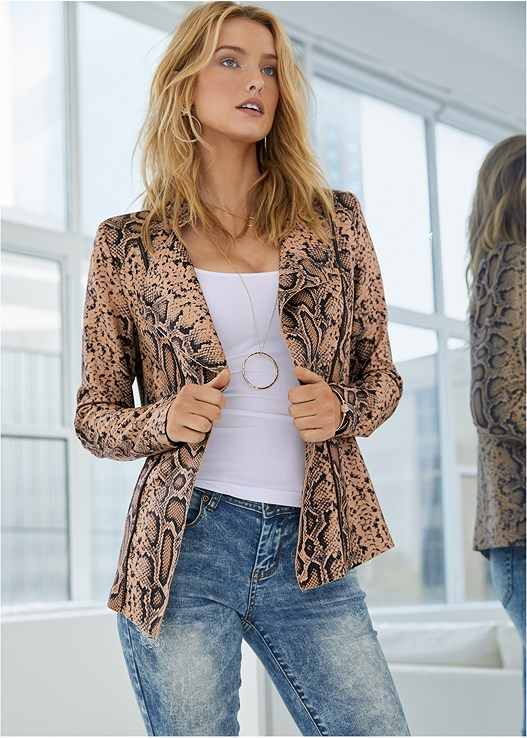 SNAKE PRINT JACKET,SEAMLESS CAMI,ACID WASH JEANS,FAUX LEATHER PANTS,CAGE BALCONETTE BRA,CUT OUT DETAIL HEELS,TIGER DETAIL EARRINGS