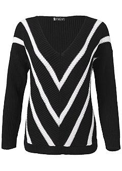 plus size v-neck striped sweater
