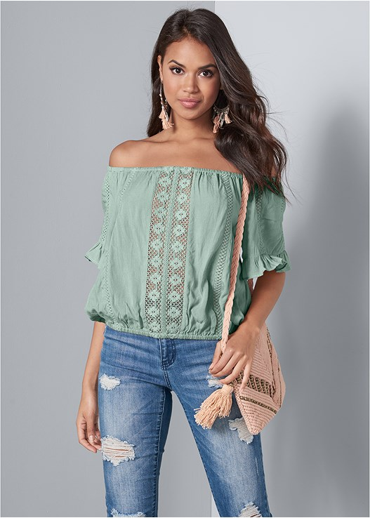 OFF SHOULDER CROCHET TOP,COLOR SKINNY JEANS,NUBRA ULTRALITE,LUCITE HEEL MULES,BEAD DETAIL CROCHET BAG