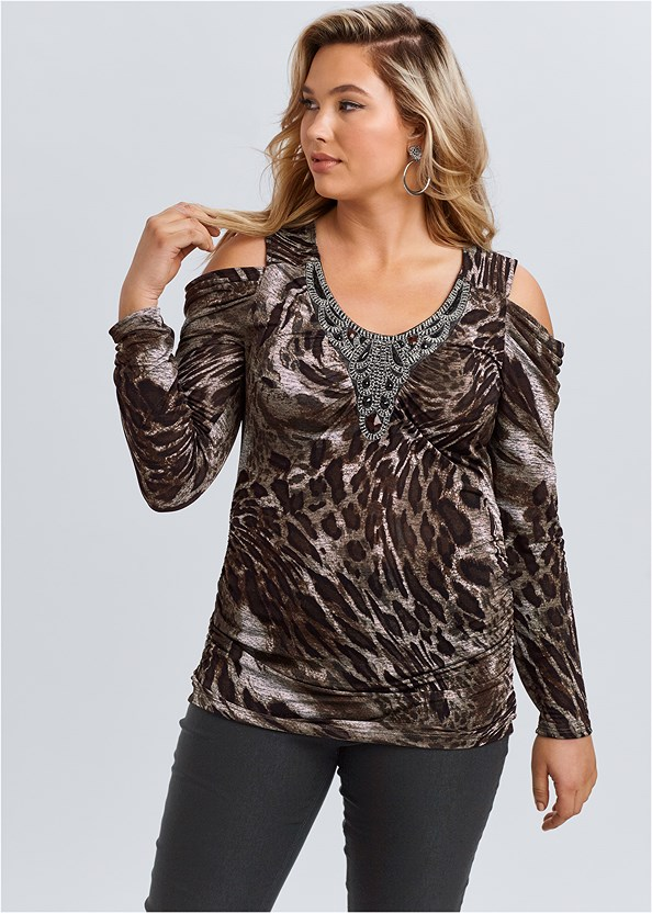Embellished Print Top,Mid Rise Slimming Stretch Jeggings,Lucite Detail Heels