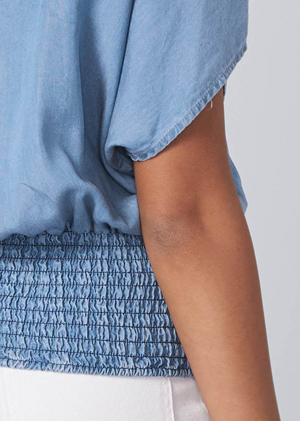 Detail back view Tie Front Chambray Top
