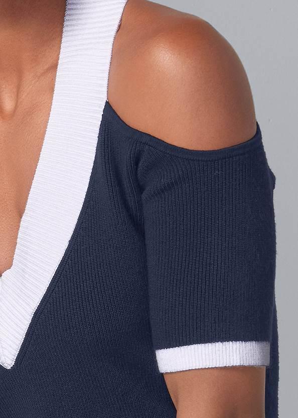 Detail front view V-Neck Cold Shoulder Sweater