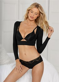 Cropped front view Bustless Arm Shaper