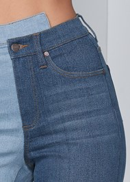 Detail front view Duo Tone Jeans