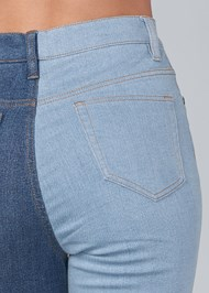 Detail back view Duo Tone Jeans