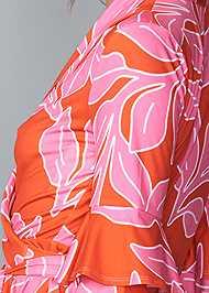 Detail back view Floral Wrap Top