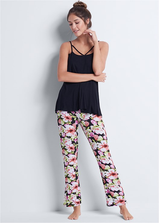 FLORAL PRINT SLEEP PANT SET,NATURAL BEAUTY LACE BANDEAU,LACE THONG 3 FOR $19