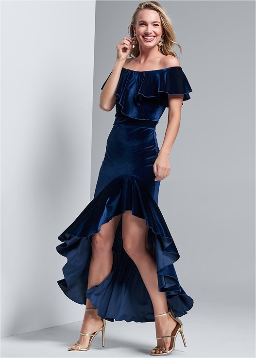 OFF SHOULDER RUFFLE DRESS,EVERYDAY YOU STRAPLESS BRA,HIGH HEEL STRAPPY SANDALS,EMBELLISHED DROP EARRINGS
