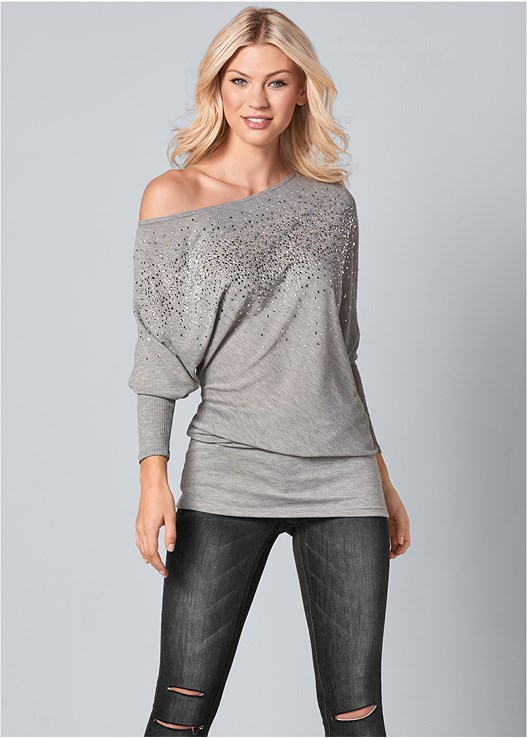 OFF THE SHOULDER TOP,EVERYDAY YOU STRAPLESS BRA,HIGH HEEL SLOUCH BOOT,METAL FRINGE CROSSBODY