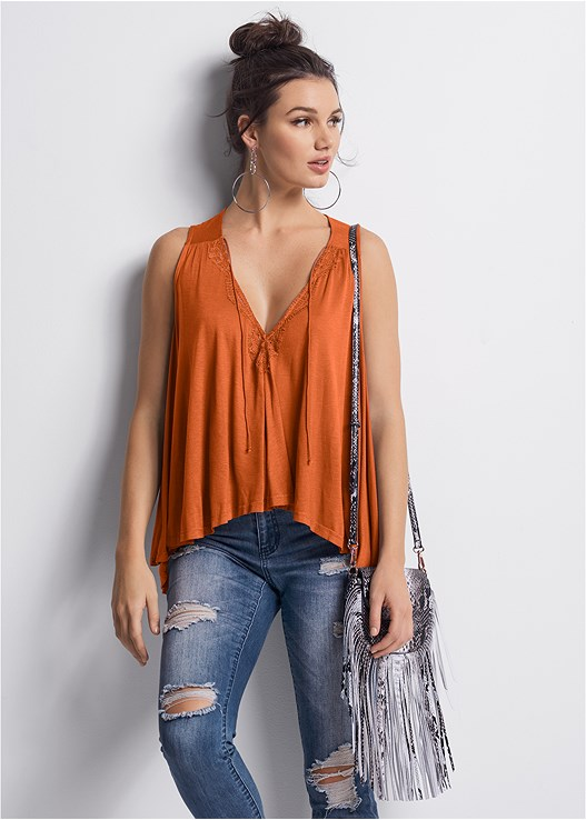 LACE DETAIL TIE FRONT TOP,STUDDED ANIMAL PRINT SANDAL,FRINGE CROSSBODY