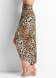 Waist down side view Leopard Print Maxi Skirt
