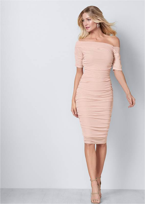 Ruched Mesh Bodycon Dress,Pearl™ By Venus Strapless Bra,High Heel Strappy Sandals,Color Block Hoop Earrings,Ring Handle Circle Clutch