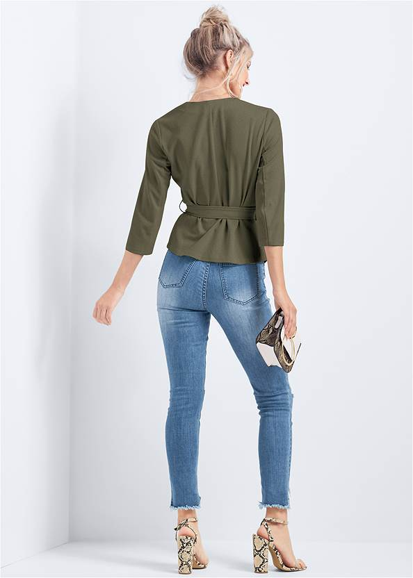 Back View Belt Detail Pleated Top