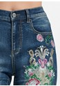 Detail front view Embellished Denim Capris