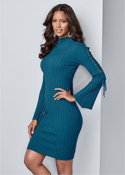LACE UP SWEATER DRESS,FRONT HOOK MINIMIZER