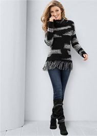 Full front view Contrasted Fringe Sweater