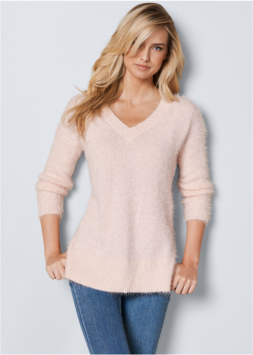V-Neck Sweater,Mid Rise Color Skinny Jeans,Wrap Stitch Detail Booties