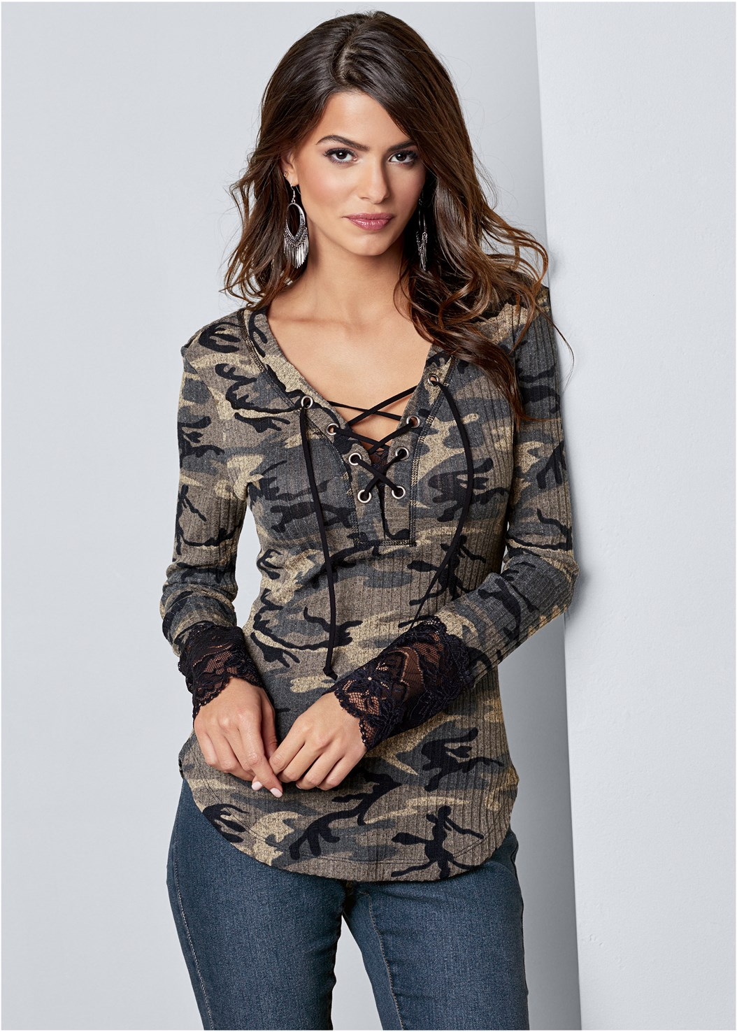 Lace Detail Camo Top,Color Skinny Jeans,Plunge Push Up Bra,Lace Up Tall Boots