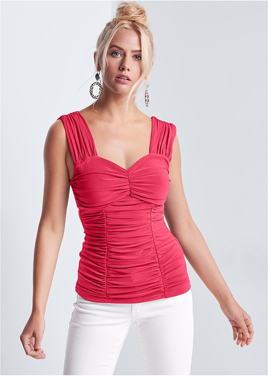 RUCHED SWEETHEART TOP,COLOR SKINNY JEANS,STRAPPY HEELS,BEADED STATEMENT EARRINGS