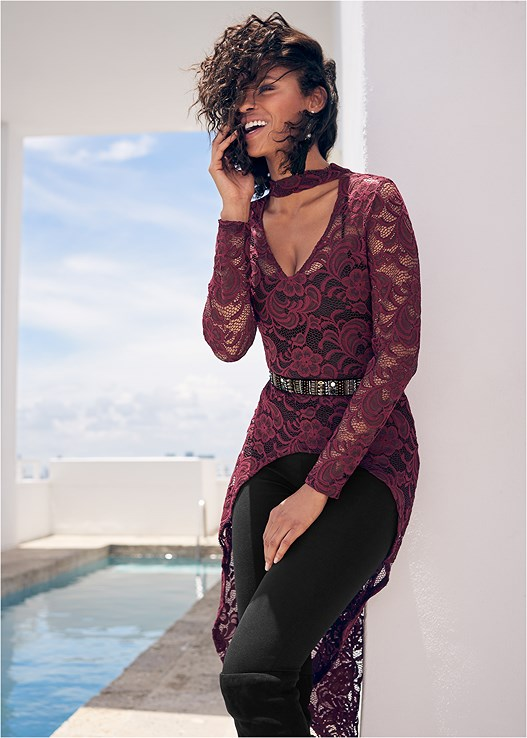 EXAGGERATED HEM LACE TOP,SEAMLESS CAMI,FAUX LEATHER PANTS,SMOOTH PLUNGE T-SHIRT BRA,CUT OUT DETAIL BOOTS,HIGH HEEL STRAPPY SANDALS,RHINESTONE TIE DETAIL BELT,LONG TASSEL EARRINGS