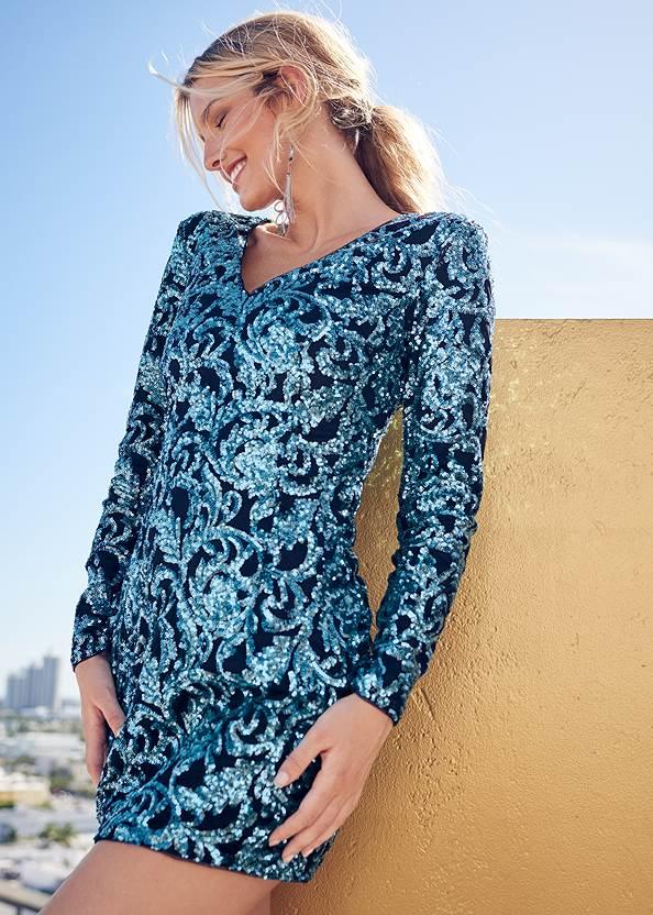 Sequin Dress,Rhinestone Clutch