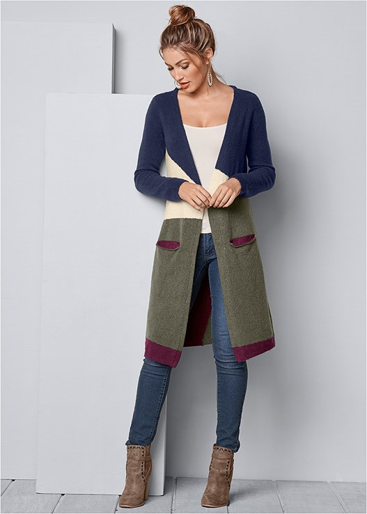 COLOR BLOCK CARDIGAN,SEAMLESS CAMI,COLOR SKINNY JEANS,WRAP STITCH DETAIL BOOTIES