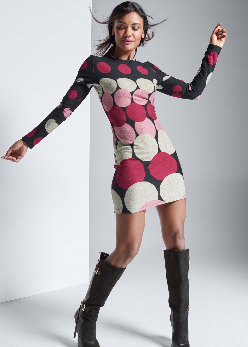 Abstract Sweater Dress,Cut Out Detail Boots,Stud Detail Scarf