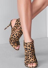 Alternate View Peep Toe Print Heels