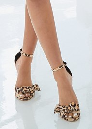 Alternate View Bow Detail Print Heels
