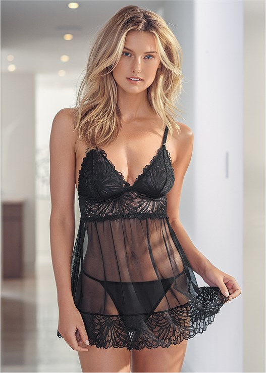 LACE AND MESH BABYDOLL,LUCITE DETAIL HEELS