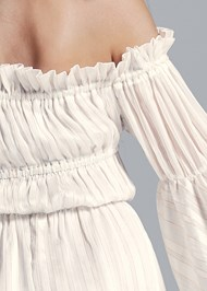 Detail back view Off Shoulder Maxi Dress