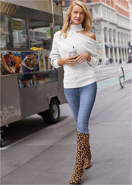 ONE SHOULDER TURTLENECK,DISTRESSED BUM LIFTER,REVERSIBLE LEOPARD JEANS,EVERYDAY YOU STRAPLESS BRA,MEDALLION EARRINGS