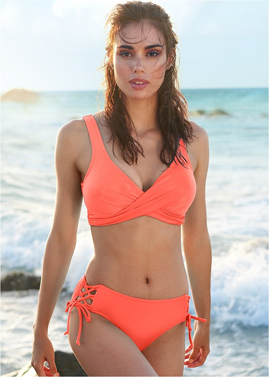 LOVELY LIFT WRAP BIKINI TOP,LATTICE SIDE BIKINI BOTTOM,SCOOP FRONT BIKINI BOTTOM,LOW RISE BIKINI BOTTOM