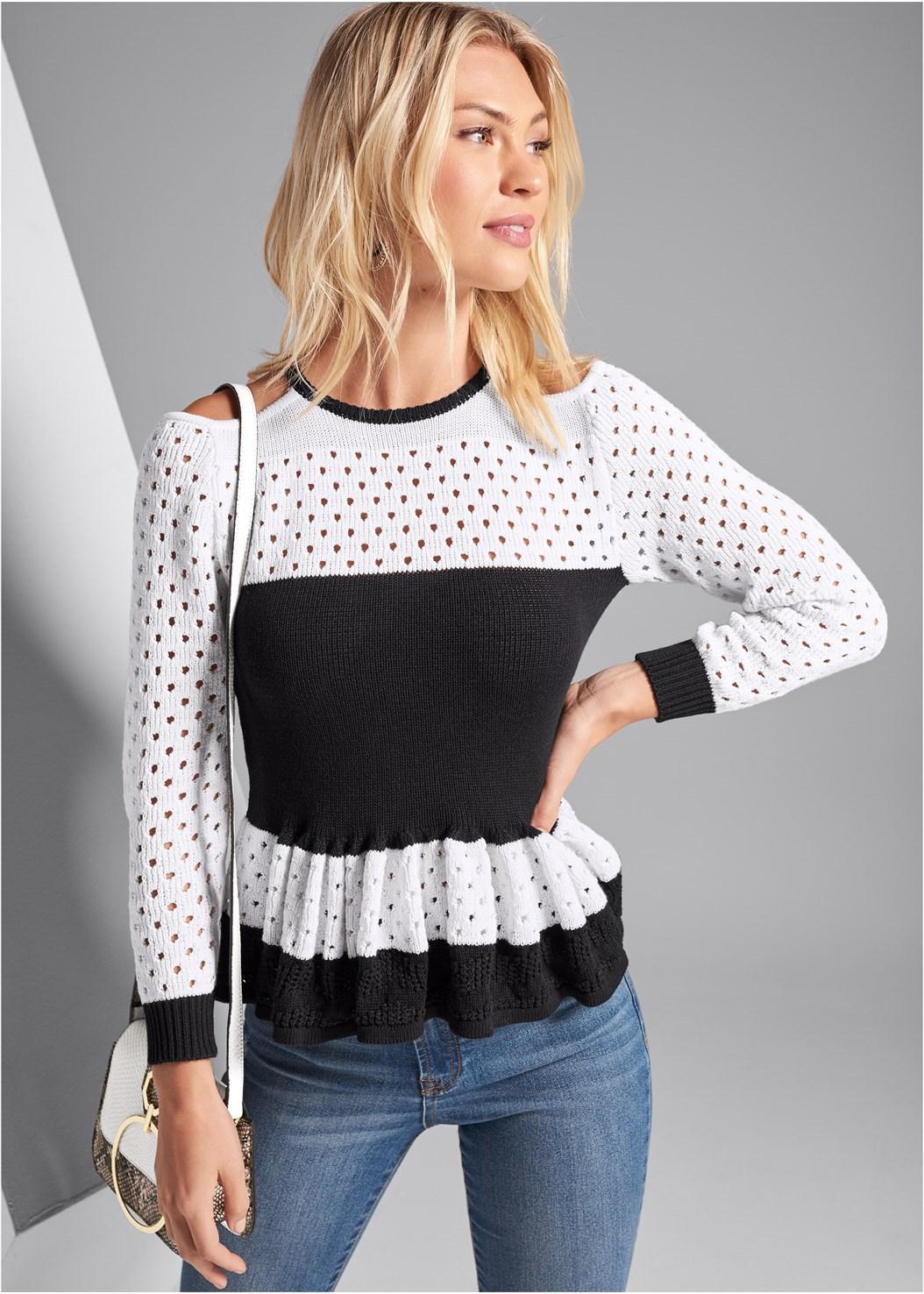Ruffle Hem Sweater,Ripped Skinny Jeans,Beaded Hoop Earrings,Print Detail Handbag