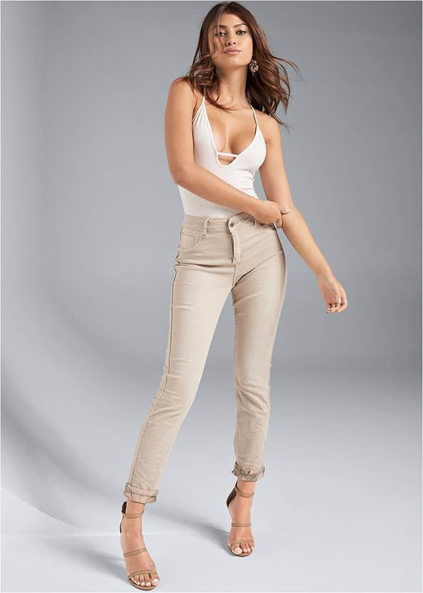 Reversible Jeans,Racerback Basic Top,Layered Long Necklace